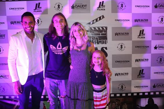A 2ª Mostra de Filmes contou com presença de todo elenco no Cinesystem Américas