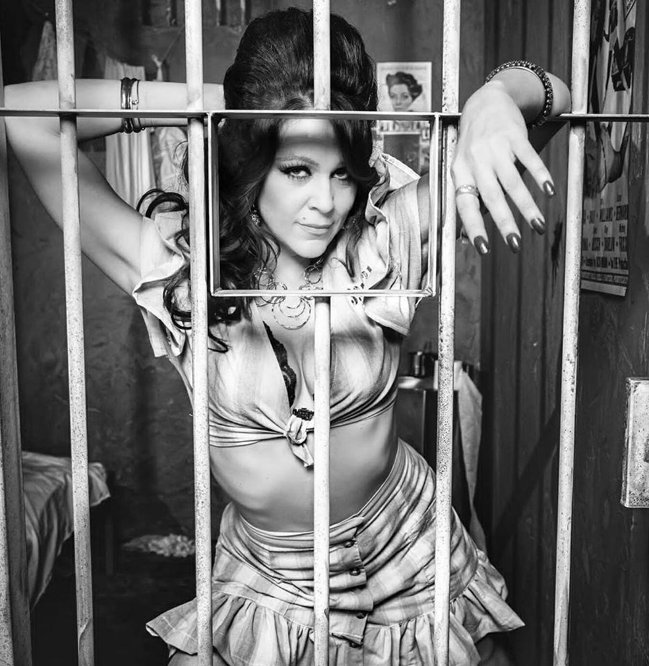 A atriz Tatiana Monteiro (Globo) esta no auge em  HOLLYWOOD!