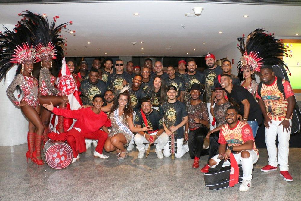 Famosos caem samba na feijoada do Windsor Barra Rio Janeiro.