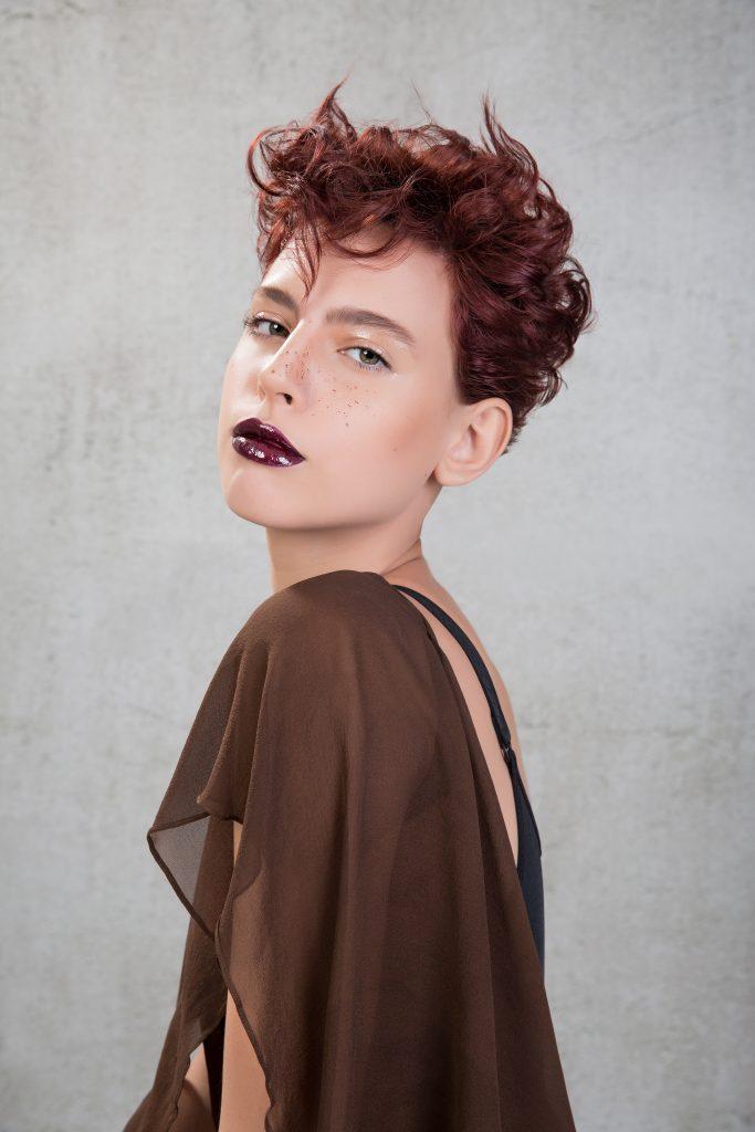 Celso Kamura assina campanha da Hair Brasil