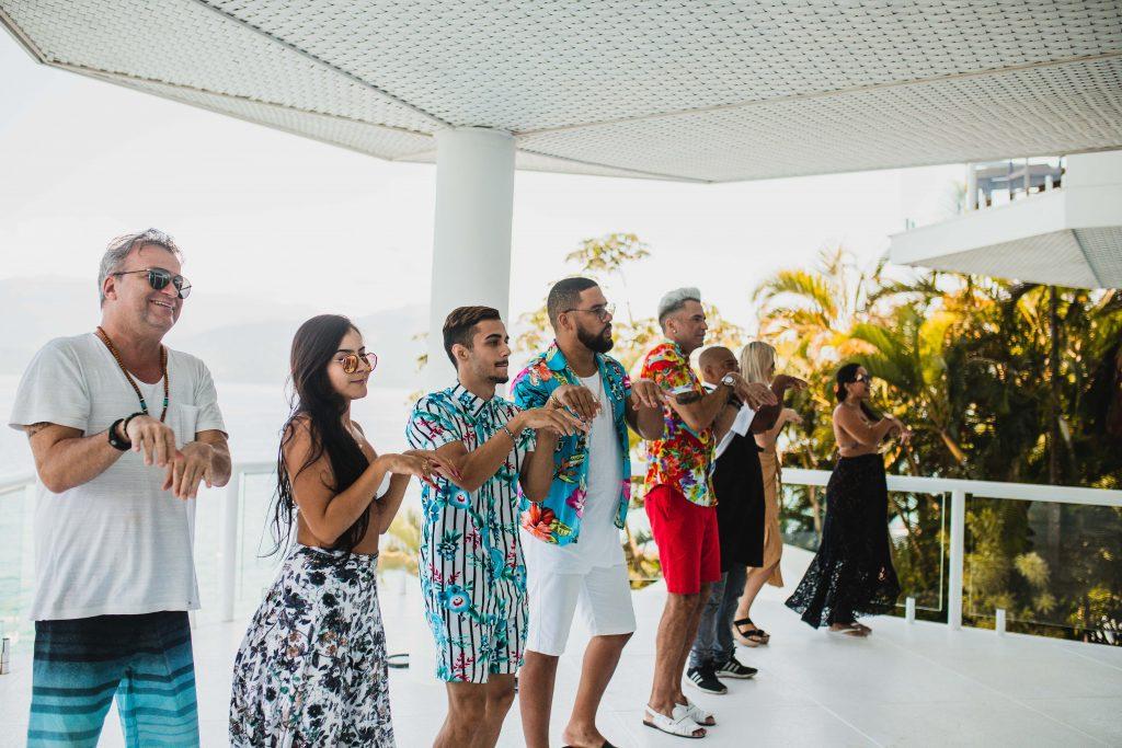 Latino lança novo vídeo clipe