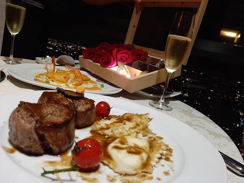 Jantar romântico em casa