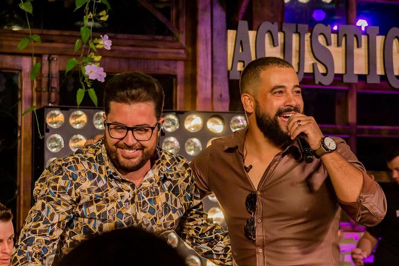 """Bruno César & Luciano liberam videoclipe de """"Puro Malte"""" no Youtube"""