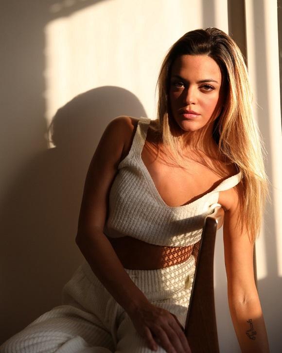 Labanca cantora lançará 2.º álbum