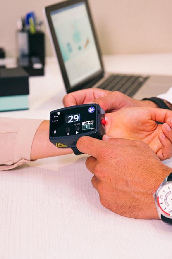 Pulseira controla efeitos da diabetes, pressão alta