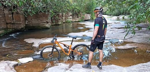 Passeio ciclístico gratuito reune esportistas no Lago Corumbá IV, neste sábado (19)