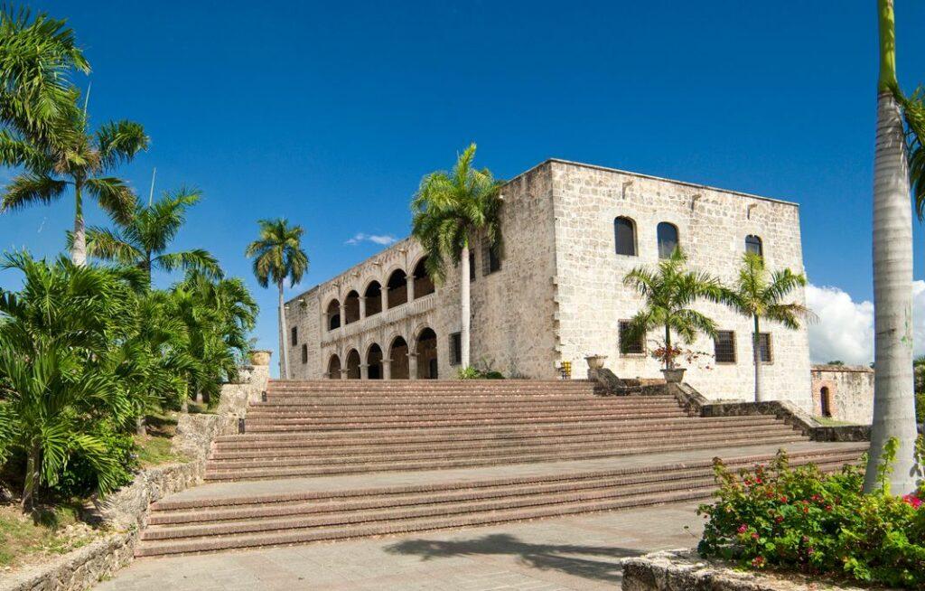 República Dominicana estende seguro médico gratuito para turistas até 30 de abril de 2021
