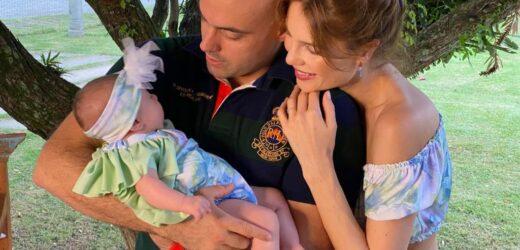 Júlia Pereira comemora o 2.º segundo mês de vida da filha