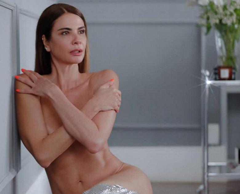 Luciana Gimenez  faz procedimento estético realizado por Kim Kardashian