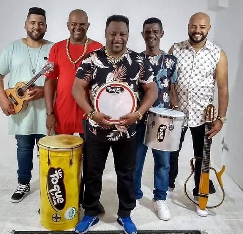 """Grupo Um Toque a Mais faz sucesso em live na Rádio Top Samba com 379 mil views com a música """" Vida Bandida"""""""