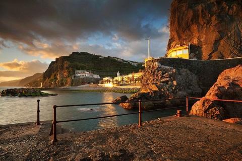 """Eleita 6 vezes como o Melhor Destino Insular do Mundo, a """"Ilha da Madeira"""""""