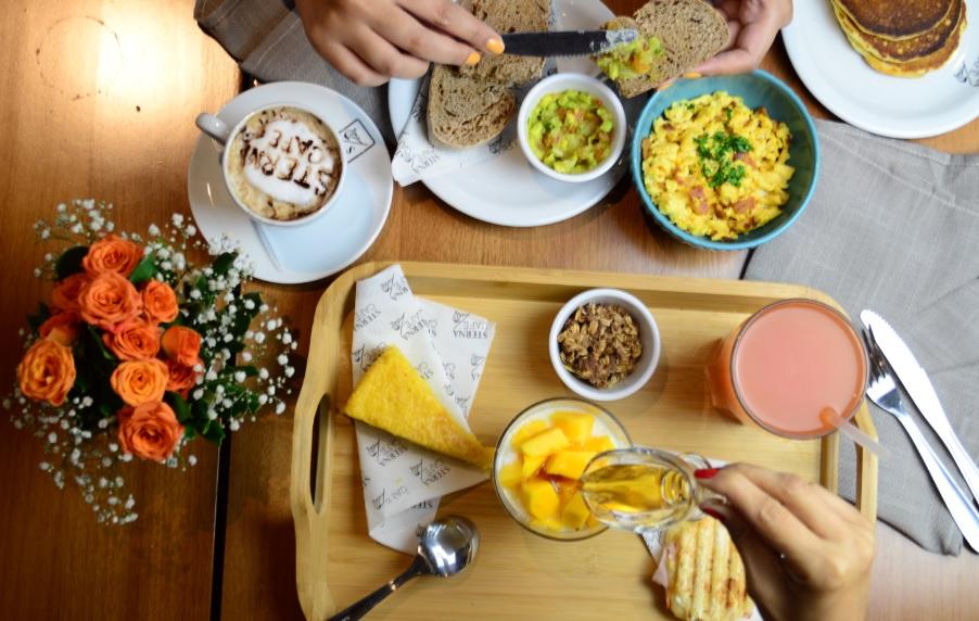 Sterna Café Jardins oferece combos especiais de brunch