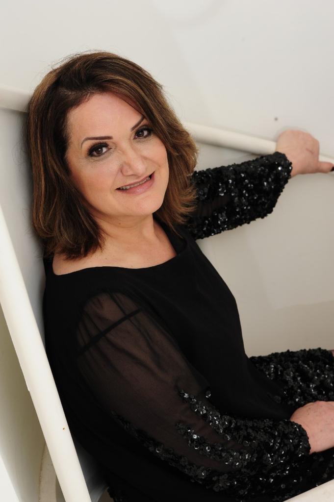 A Jornalista Uiara Zagolin é indicada ao Notable International Brazilian Award 2020 em NY