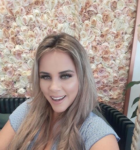 Viviane Alves retorna ao Brasil como Repórter do Programa Ken Com Você apresentado por Maurício Galdi na RedeTV (ES)