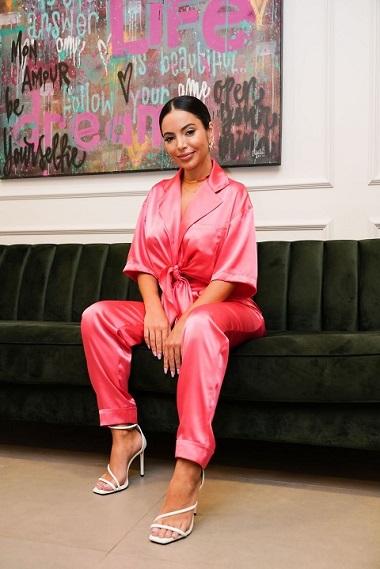 Pijama Street Style: Celebridades são adeptas a nova aposta do estilista Kaique Oliveira