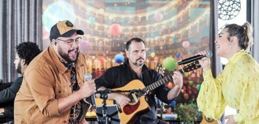 """Naiara Azevedo foi a quarta convidada de Tiago Abravanel do programa """"Sai da Caixa"""""""
